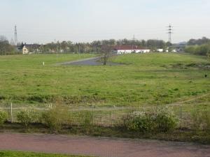 Die bereits bestehende Erschließungsstraße nebst Wendehammer